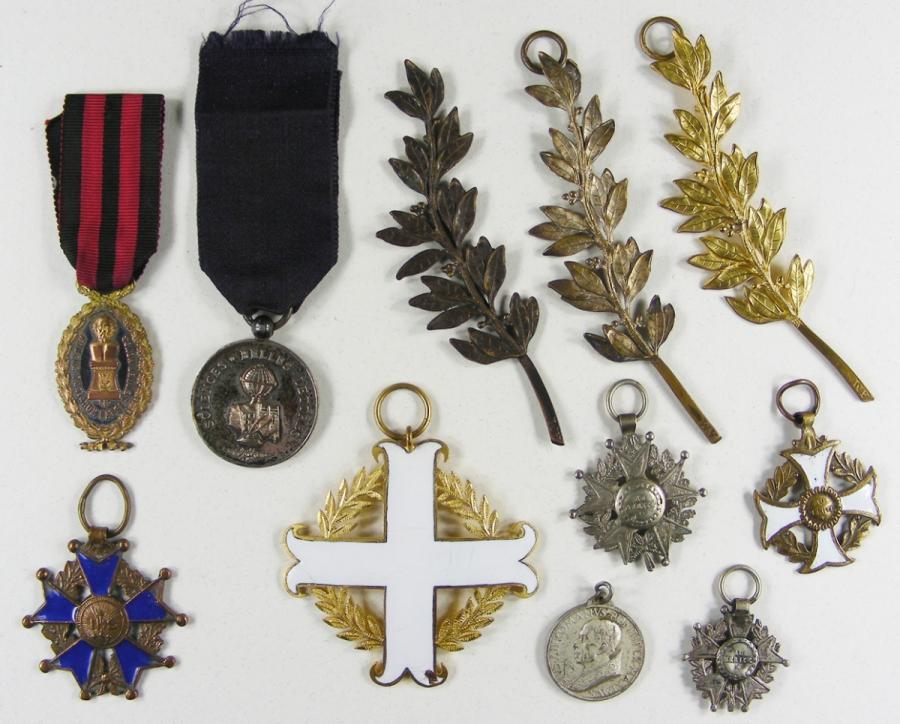 Identification medaille  Ddoc-515703-89f4bac1386b9c75541c8907e4bb2a25-11_1