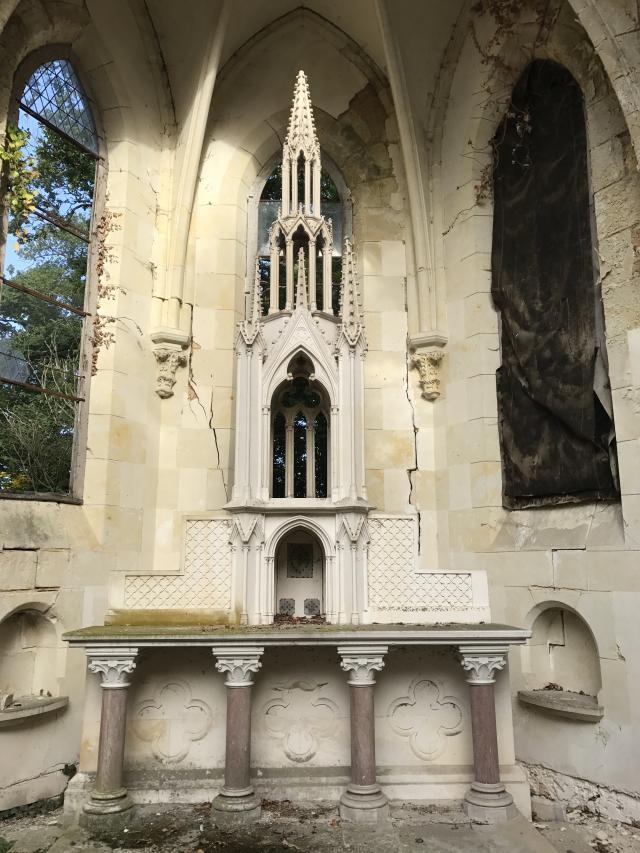 Éléments d'architecture fin XIXème, lapidaire.