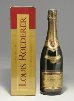CHAMPAGNE. Louis Roederer, 1993. 1 bouteille. Dans son emboîtage.